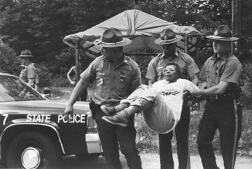 1993-Juanita-arrested